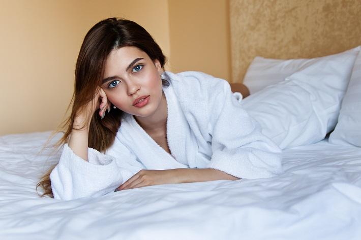 Krem przeciwzmarszczkowy – czy tylko dla kobiet?
